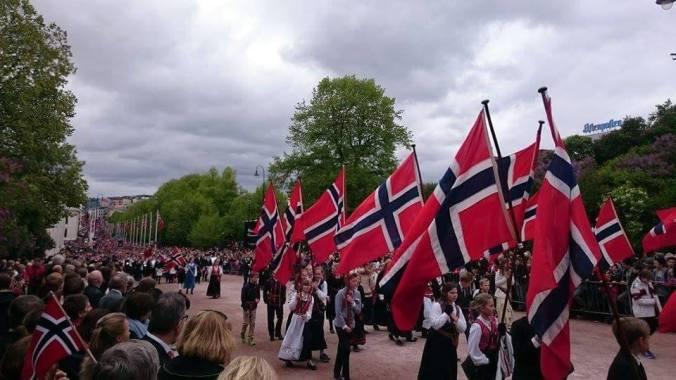 Uroczysta parada w Oslo